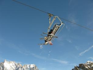 All the ski resorts and ski areas in Chamonix are now closed