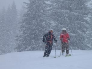 Snowstorm in Chamonix, photo @ http://www.wheretoskiandsnowboard.com/blogs/snowstorm-hits-chamonix/