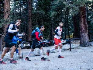 François D'Haene: New Speed Record of John Muir Trail (USA). Photo source: @www.facebook.com/francois.dhaene