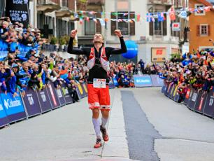 François d'Haene finishing the UTMB in 2017