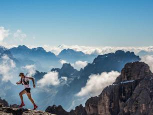 The UTMB will announce on 20 May if the 2020 edition of the event will take place. Photo source@nickilange.com