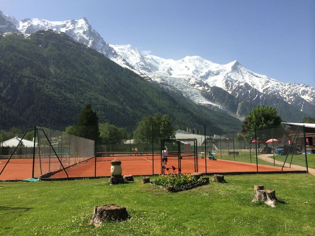 Tennis in Chamonix Mont-Blanc. photo source: @www.chamonix.fr