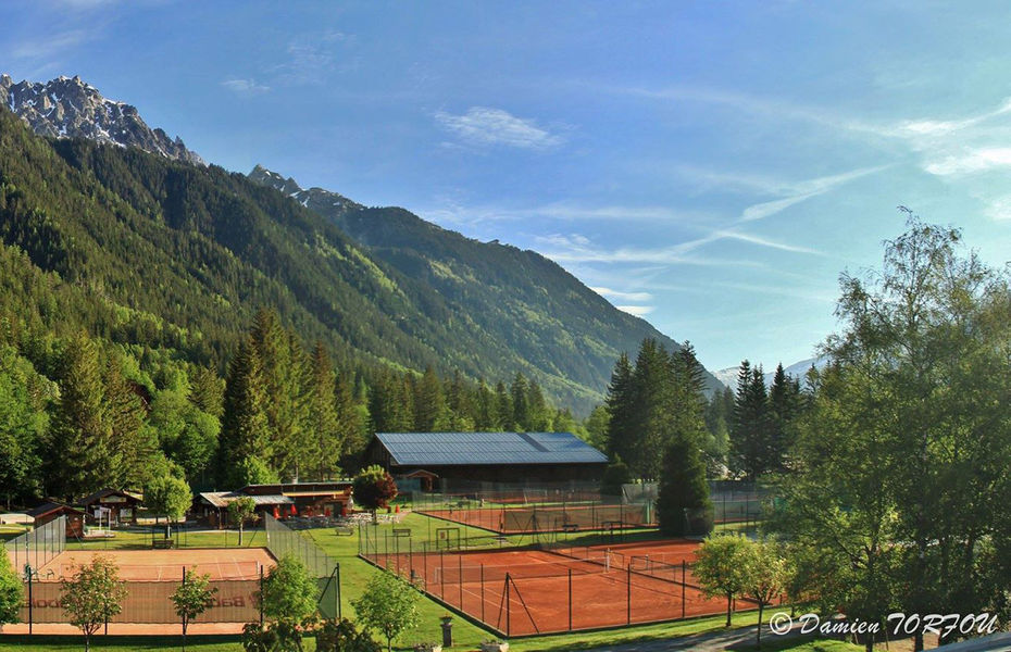 Courts de tennis Richard Bozon, source photo @ chamonix.com