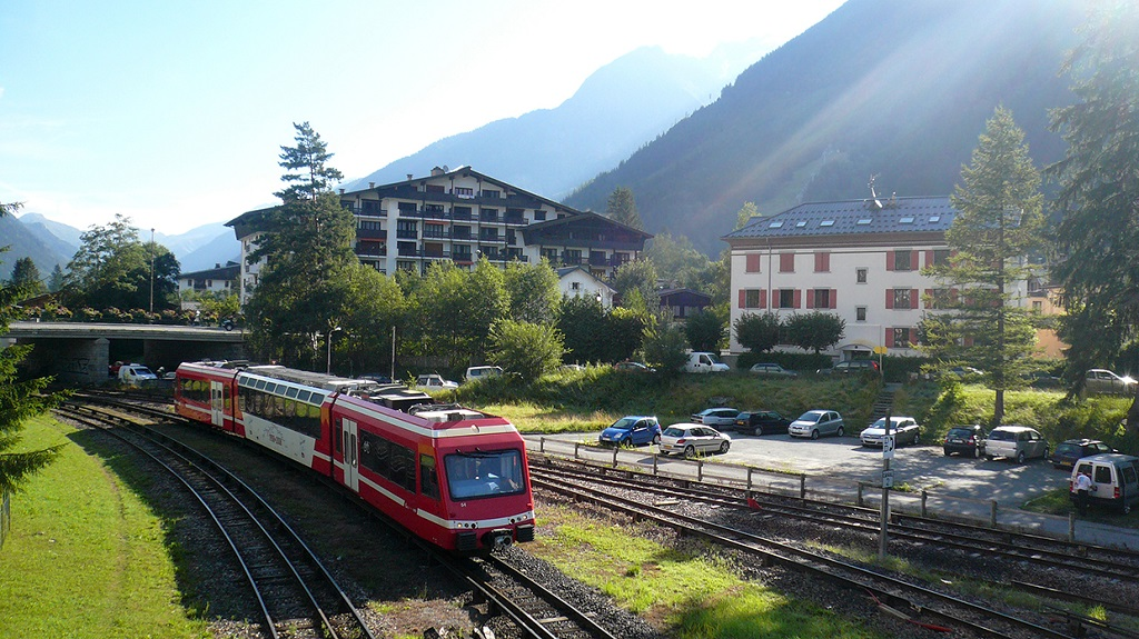 The Mont Blanc Express railway line. photo source: @www.chamonix.fr
