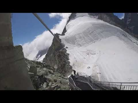 The zip-line at the top of the Grands-Montets